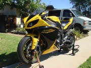 2009 Yamaha YZF-R1  Clean Title Pink in Hand